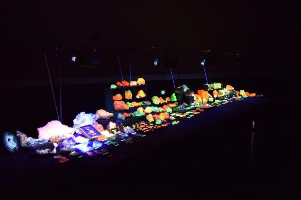fluorescent minerals 9