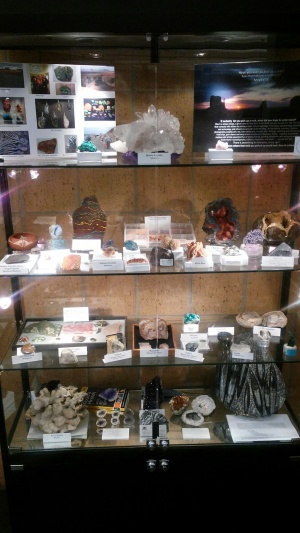 Show-me Rockhounds Library Display